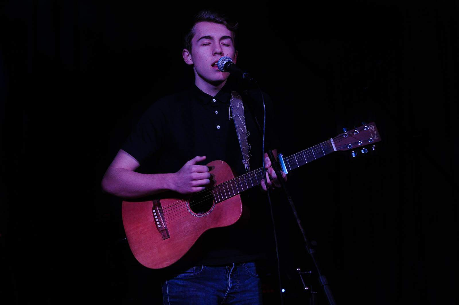 James at Roots Music Club, Doncaster, 19 feb 2016. Photo by Stephen Connor.